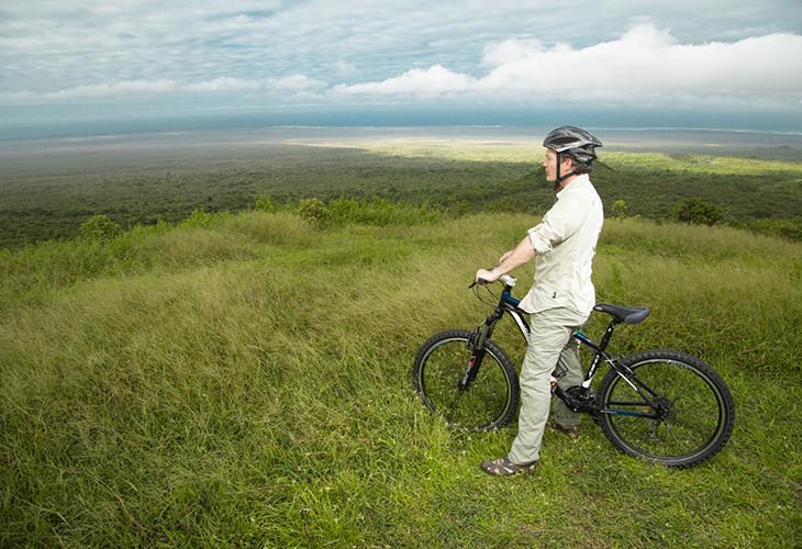 Biking_140690816125