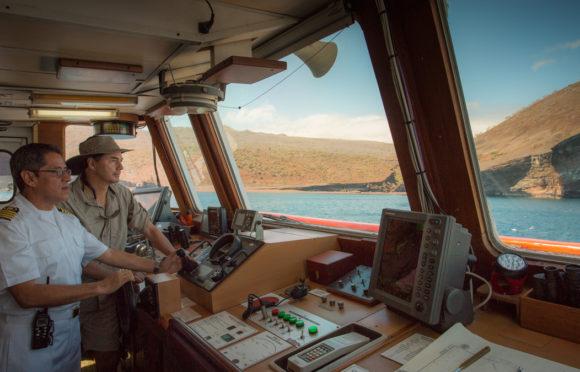 Yacht Isabela II – Activities – Bridge