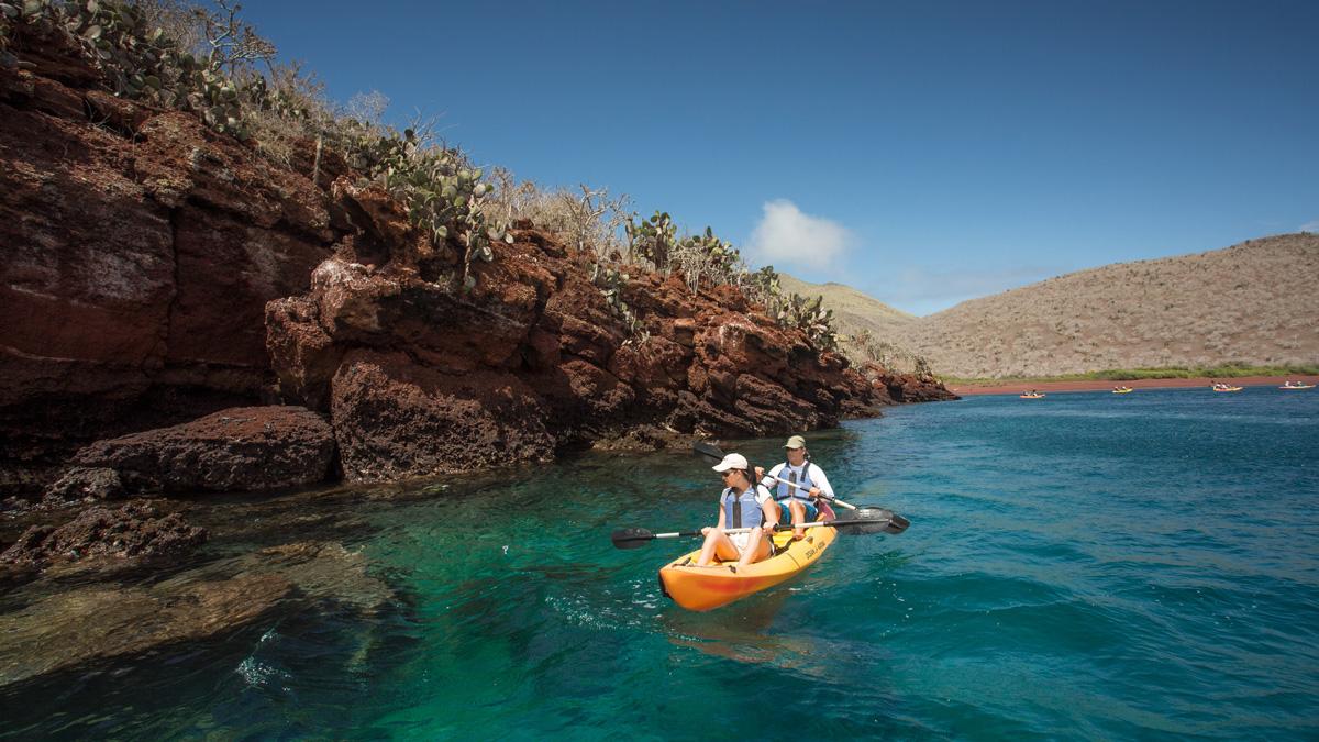 Yacht Isabela II – Activities – Kayak